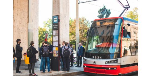 V Praze by instalován prototyp nového zastávkového označníku